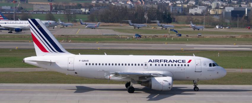 Air France et contrôleurs aériens: nouvelles grèves annoncées en mai