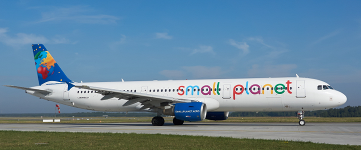 La compagnie charter Small Planet Airlines en danger