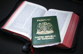 En Tanzanie, le passeport est vert.